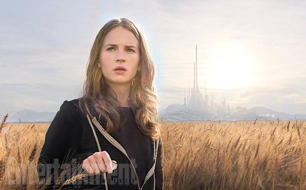 Tomorrowland - Il mondo di domani: Britt Robertson una delle prime immagini diffuse da Empire Magazine