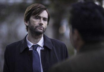 Gracepoint: l'attore David Tennant nella seconda puntata della serie