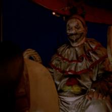 American Horror Story, John Carroll Lynch è Twisty the Clown in 'Freakshow'