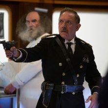 Doctor Who: David Bamber interpreta una scena di Mummy On The Orient Express