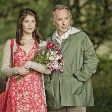 Gemma Arterton in una scena di Gemma Bovery con Fabrice Luchini