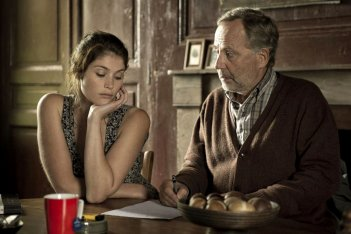 Gemma Bovery: Gemma Arterton e Fabrice Luchini protagonisti della commedia romantica di Anne Fontaine
