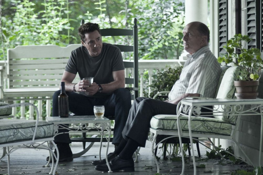 The Judge: Robert Downey Jr. insieme al premio Oscar Robert Duvall in una scena