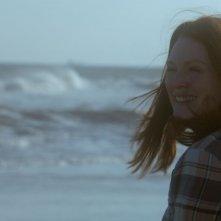 Still Alice: Julianne Moore solare e sorridente in una scena del film