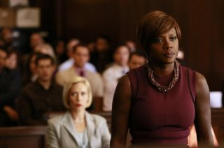 How To Get Away With Murder: l'attrice Viola Davis in una scena dell'episodio Let's Get To Scooping