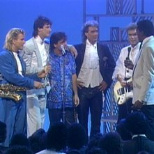 SPANDAU BALLET - Il Film - Soul Boys of the Western World: gli Spandau Ballet durante un concerto in una scena del film
