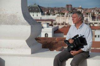 Un minuto de silencio: il regista Ferdinando Vicentini Orgnani in una foto dal set