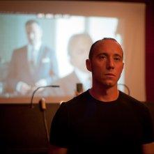 Tre tocchi: Emiliano Ragno in una scena del film di Marco Risi