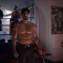 Gilles Rocca in una scena del film Tre tocchi