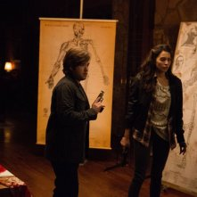 Tusk: Haley Joel Osment  e Genesis Rodriguez in una scena