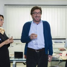 Una pallottola nel cuore: Gigi Proietti e Paola Minaccioni in una scena del film