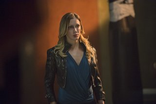 Arrow: Katie Cassidy nella puntata intitolata Corto Maltese