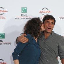 Baci a profusione per Ksenia Rappoport e Adriano Giannini, protagonisti de La foresta di ghiaccio - Festival di Roma 2014