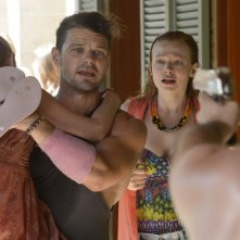 These Final Hours - 12 ore alla fine: Nathan Phillips con Angourie Rice e Sarah Snook in una drammatica scena