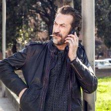 Confusi e felici: Marco Giallini in un'immagine del film nel ruolo di uno spacciatore affetto da attacchi di panico