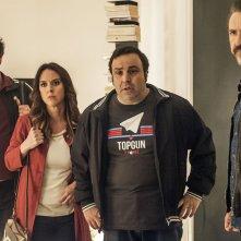 Confusi e felici: Marco Giallini in un momento del film con Caterina Guzzanti, Massimiliano Bruno e Pietro Sermonti