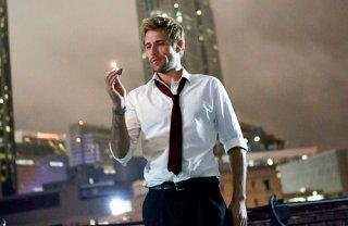 Constantine: Matt Ryan nel primo episodio della serie
