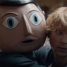 Frank: Michael Fassbender con Domhnall Gleeson in una scena