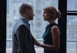 Gotham: Ben McKenzie ed Erin Richards in una scena dell'episodio Spirit Of The Goat