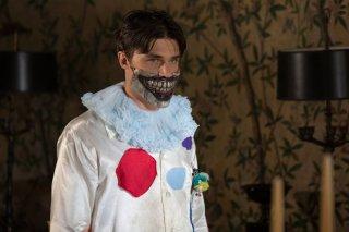 American Horror Story Freak Show: l'attore Finn Wittrock in Edward Mordrake Part. 2