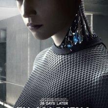 Ex Machina: Alicia Vikander nel character poster di Ava