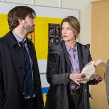 Gracepoint: David Tennant e Anna Gunn nel quinto episodio
