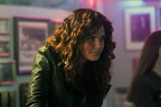 Constantine: Angélica Celaya in una scena di The Darkness Beneath