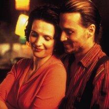 Chocolat: una scena con Juliette Binoche e Johnny Depp