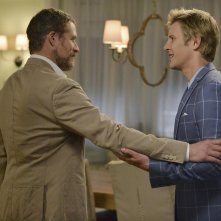 Revenge: James Tupper e Gabriel Mann nella puntata Damage