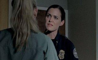 The Walking Dead: Christine Woods con Emily Kinney (di spalle) nell'episodio Il prezzo della salvezza