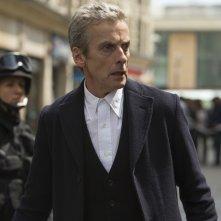 Doctor Who: Peter Capaldi interpreta il Dottore in Death in Heaven