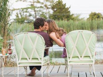 The Affair: Dominic West e Ruth Wilson in una scena del quinto episodio