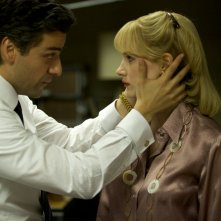 A Most Violent Year: una scena con Oscar Isaac e Jessica Chastain