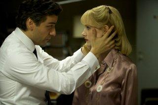 A Most Violent Year: una scena con Oscar Isaac e Jessica Chastain
