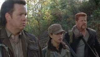 The Walking Dead: Josh McDermitt, Christian Serratos e Michael Cudlitz nell'episodio Sabotaggio