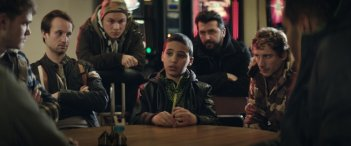 The Kings Surrender: Mohammed Issa in una scena del film