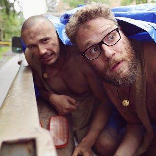 Seth Rogen e James Franco nella parodia di 'Nudi e crudi'