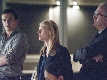 Homeland: Rupert Friend, Claire Danes e Tracy Letts in Halfway to a Donut