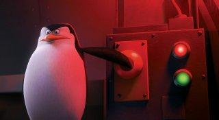 Skipper in una scena de 'I pinguini di Madagascar'