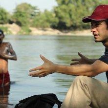 Chi è Dayani Cristal?: Gael Garcia Bernal in una scena del documentario