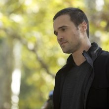 Agents of S.H.I.E.L.D.: Brett Dalton in una scena di The Things We Bury