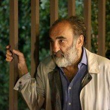 Mirafiori Lunapark: Alessandro Haber in una scena del film