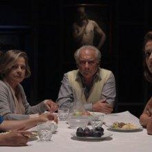 Prima di andar via: Giorgio Colangeli con Michela Martini, Aurora Peres e Vanessa Scalera in una scena