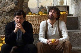 Si accettano miracoli: Fabio De Luigi e Alessandro Siani in una delle prime immagini del film