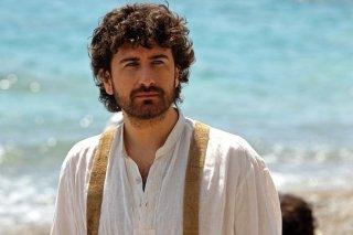 Si accettano miracoli: Alessandro Siani, regista e protagonista, in un primo piano tratto dal film
