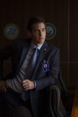 State of Affairs: Adam Kaufman nel pilot della serie