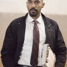 Homeland: l'attore Alex Lanipekun in There's Something Else Going On