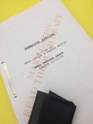 Sherlock: la copertina della sceneggiatura dello speciale natalizio che precede la quarta stagionr