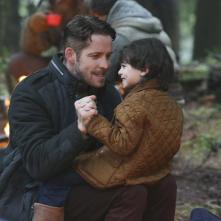 C'era una volta: l'attore Sean Maguire interpreta Robin Hood in una scena della puntata intitolata Fall