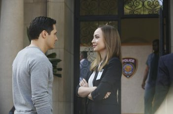 Revenge: Nick Wechsler e Courtney Ford in Intel